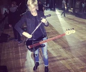 r5 and riker lynch image