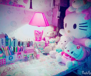 organization, room decor, and pink desk image