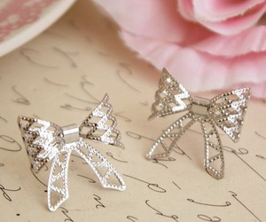 cute, bow, and jewelry image