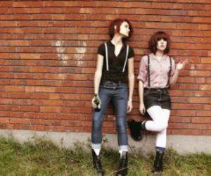 girls and skinhead image
