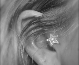 star, tragus, and jewellery image