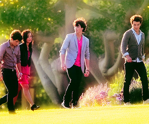 demi lovato, Joe Jonas, and kevin jonas image