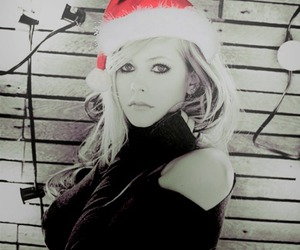 Avril Lavigne and christmas image