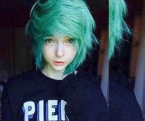 green hair and hair image