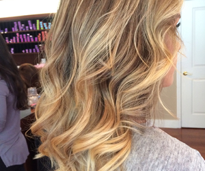 blonde, color, and newyork image