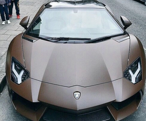 car and Lamborghini image