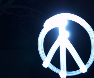 lightpaint and peace image