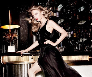 Taylor Swift, taylor, and Vanity Fair image