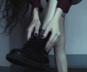 aesthetic, black boots, and grunge image