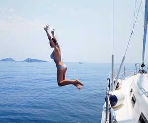 boat and jump image