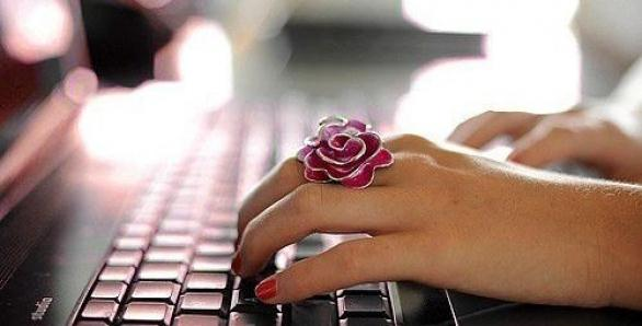 computer, jewelry, and pink image