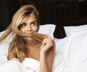 model, cara delevingne, and bed image