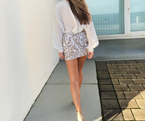 girl, outfit, and sequin image