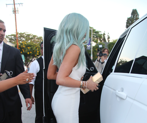kylie jenner, hair, and white image