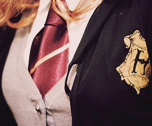 harry potter, hogwarts, and uniform image