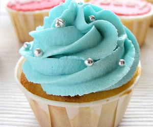 cupcake, cake, and delicious image
