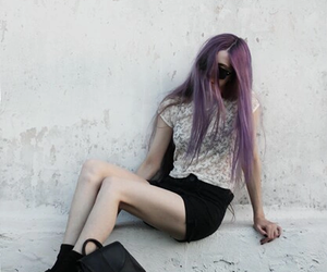 bad girl, skinny, and soft grunge image