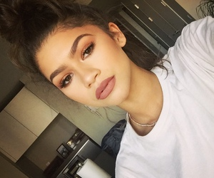 zendaya, beauty, and lips image