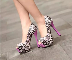 animal print, fashion, and heels image