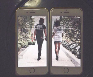 iphone, couples, and relationships image