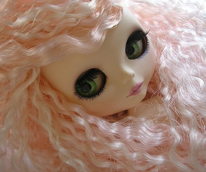 blythe, green eyes, and pink image