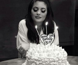 kylie jenner, birthday, and jenner image