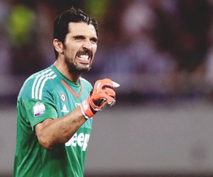 Juventus and gianluigi buffon image