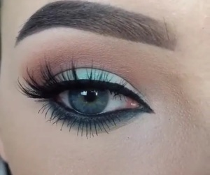 eyebrows and brows image
