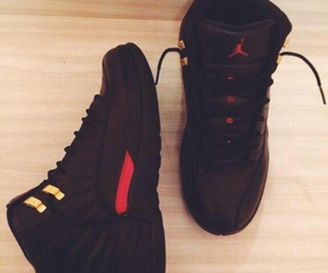 shoes and jordan's image