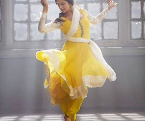 dance, deepika padukone, and dress image