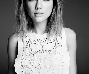 Taylor Swift, taylor, and black and white image