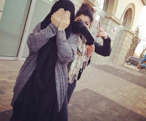 hijab, voile, and lourd image