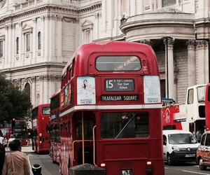 bus, london, and red bus image