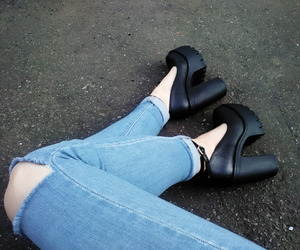 grunge, highheels, and platforms image