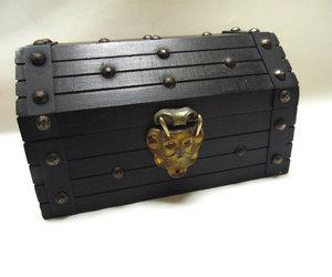 jewelry box, mens, and pirate image