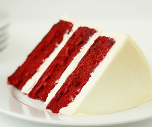 cake, cream cheese, and red velvet image