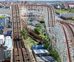 amusement park, friends, and clouds image