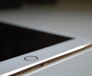 apple and ipad image