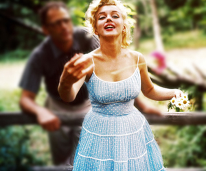 Marilyn Monroe, dress, and flowers image