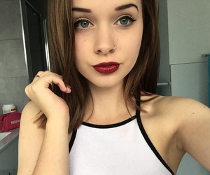 alt girl, courtney, and brown hair image