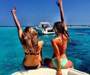 girl, beach, and best friends image