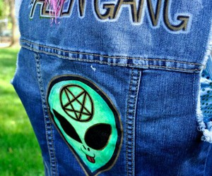 alien, space grunge, and pentagon image