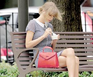 beautiful and Taylor Swift image