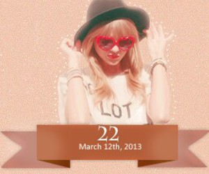 22 and Taylor Swift image