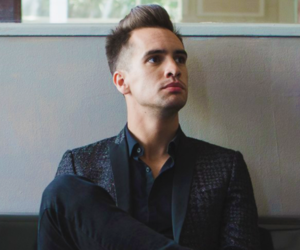 brendon urie, panic at the disco, and apmas image