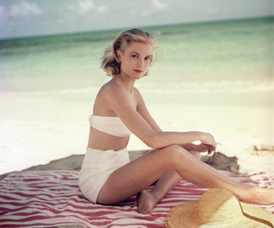 beach, grace kelly, and perfect image