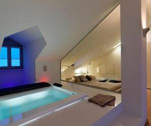 bed and pool image