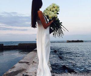 dress, fashion, and roses image
