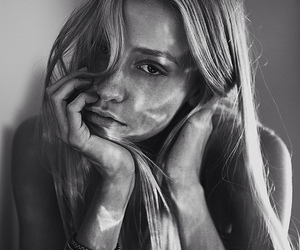 black and white, girl, and beauty image