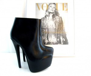 shoes, vogue, and heels image